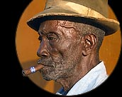 EEUU multará con 250.000 dólares y hasta diez años de prisión al norteamericano que compre un puro cubano
